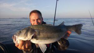 Guide de peche Morbihan - Sortie peche en mer Sarzeau - Stage de peche en mer- Sortie pêche au bar - Guide de pêche Golfe du Morbihan